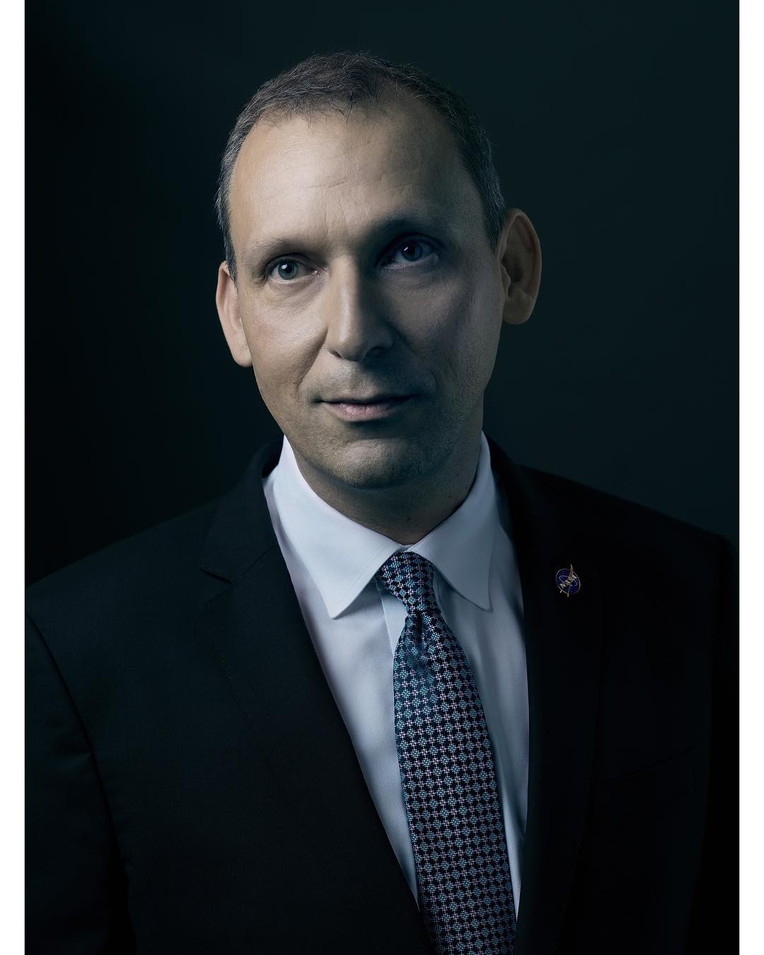 Portrait of Thomas Zurbuchen, Associate Administrator – NASA . Assistenz @marco.raho  Visagistin @xylofawn . @thomaszurbuchen . #portrait #portraitphotography #space #nasa